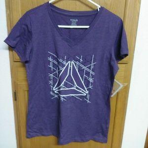 New women's Reebok t-shirt